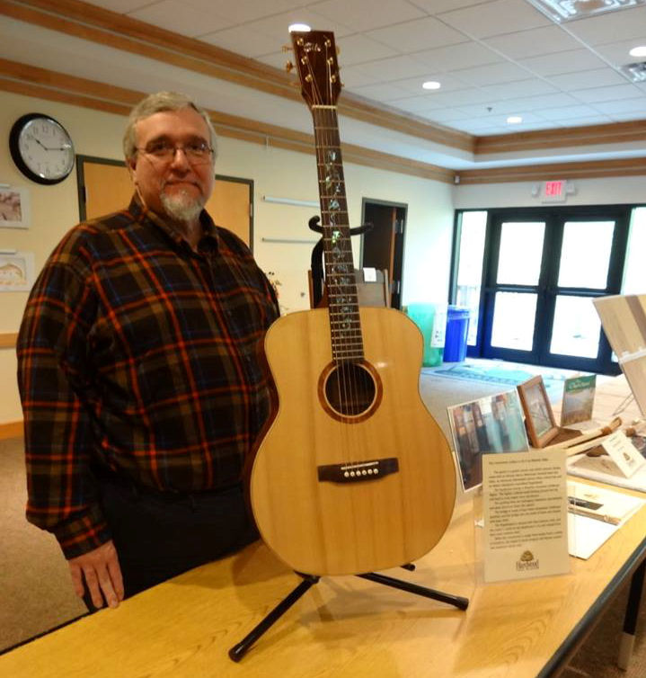 A beautiful hand-made guitar by HTM board member Dennis Silar